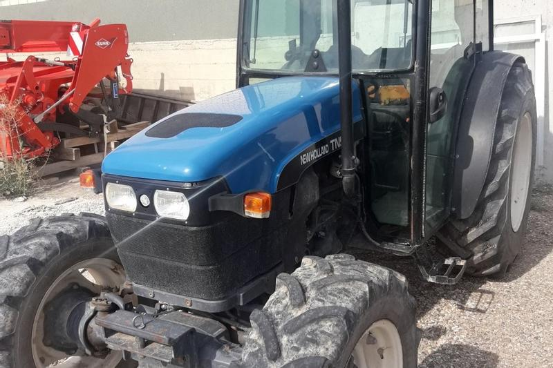 New Holland New Holland TN90F