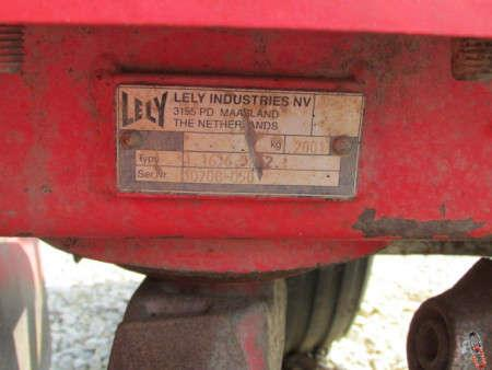 Lely 600-45H Power Harrow, 6 metre hyd folding