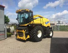 New Holland FR 9040-4 WD - 40 KM -- SOLD --